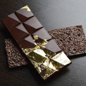ورق طلا نانو گلد خوراکی برای تزیین سطح انواع خوراکی ها و شکلات
